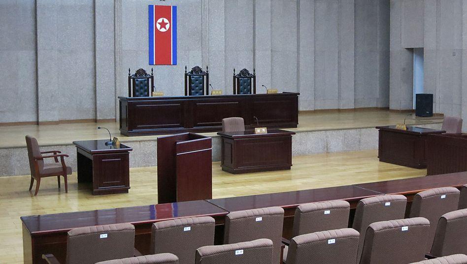 Bild aus dem leeren Gerichtssaal: 15 Jahre Arbeitslager für Kenneth Bae