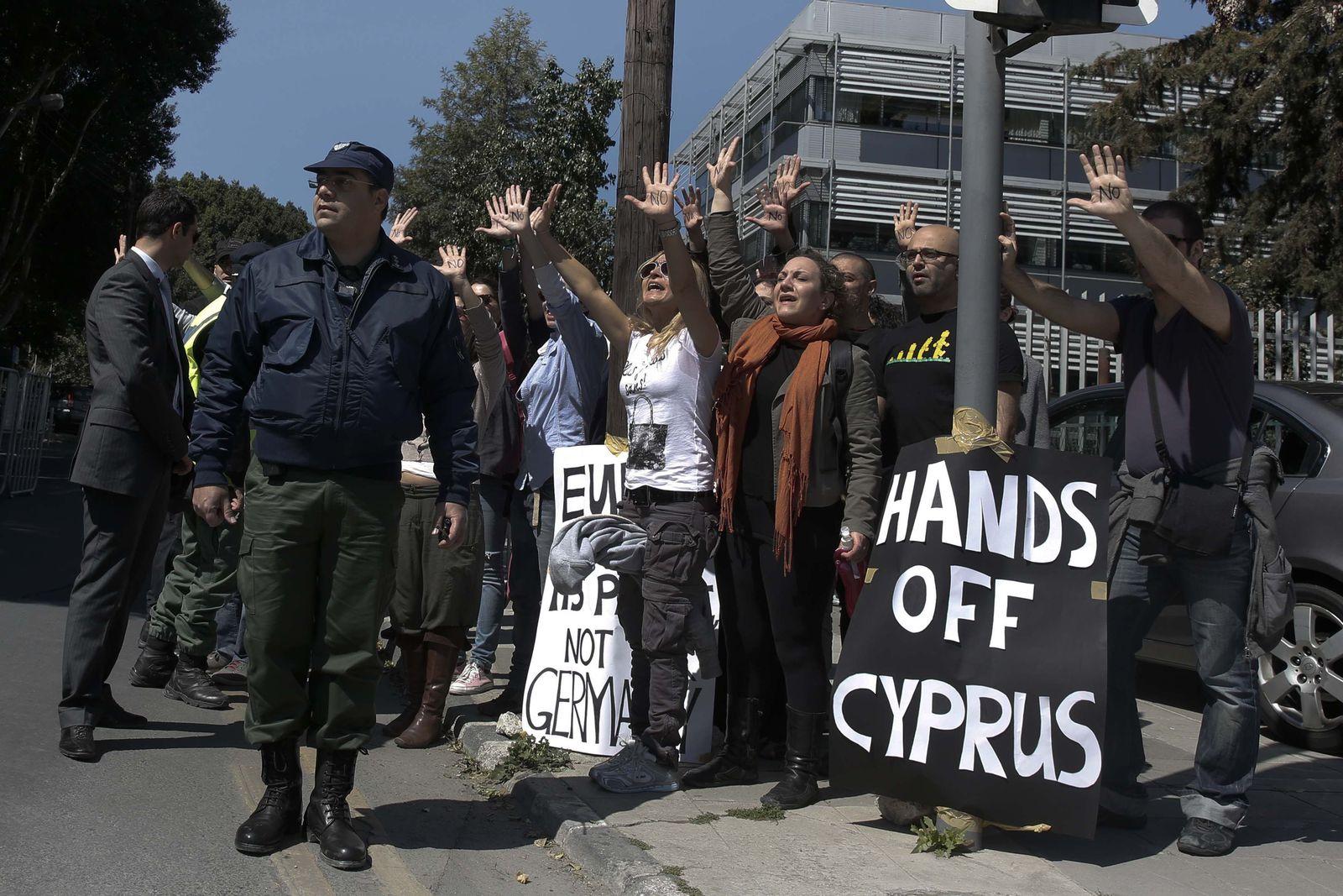 Zypern / Proteste gegen Zwangsabgabe