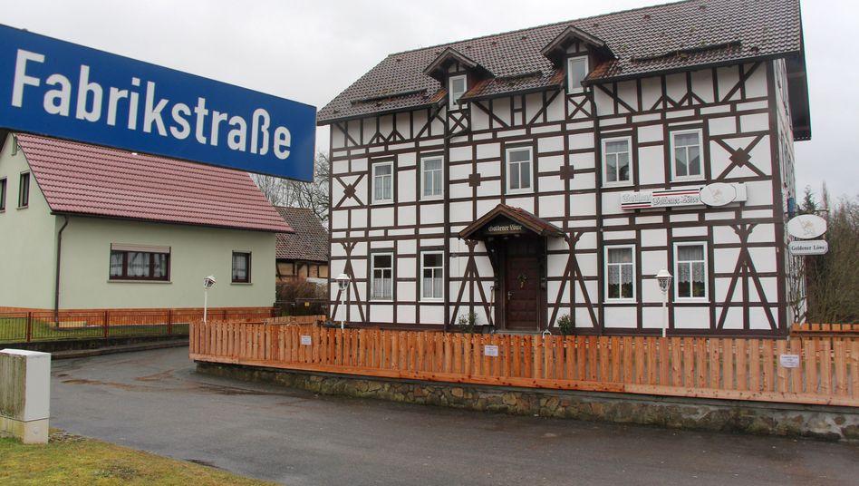 """Zentrum für Neonazis: Gasthaus """"Goldener Löwe"""""""