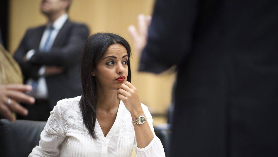 """Sawsan Chebli (Archiv): """"Zeigt Rassisten bitte weiter an"""""""