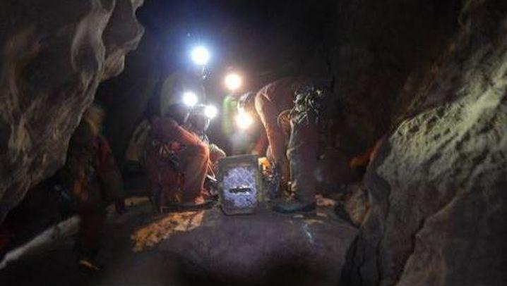 Verletzter Forscher in Riesending-Schacht: Langsam Richtung Ausgang