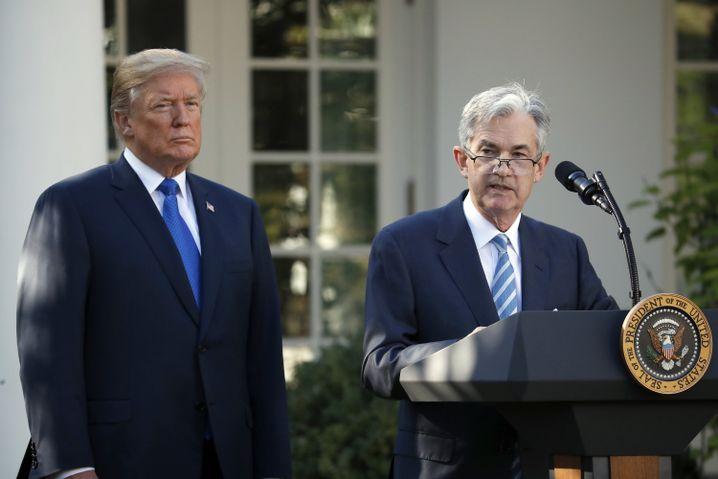 Trump und Powell (November 2017)
