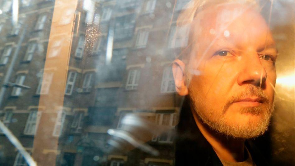 Julian Assange: Gericht in London entscheidet über Auslieferung in die USA
