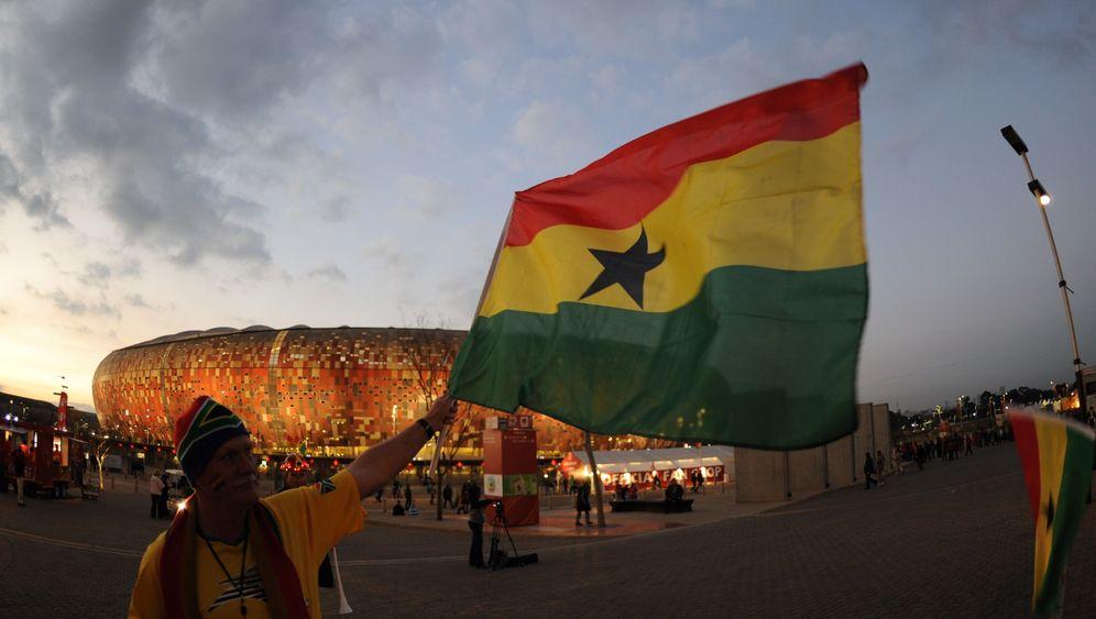 Uruguay vs. Ghana: Drama in Soccer City