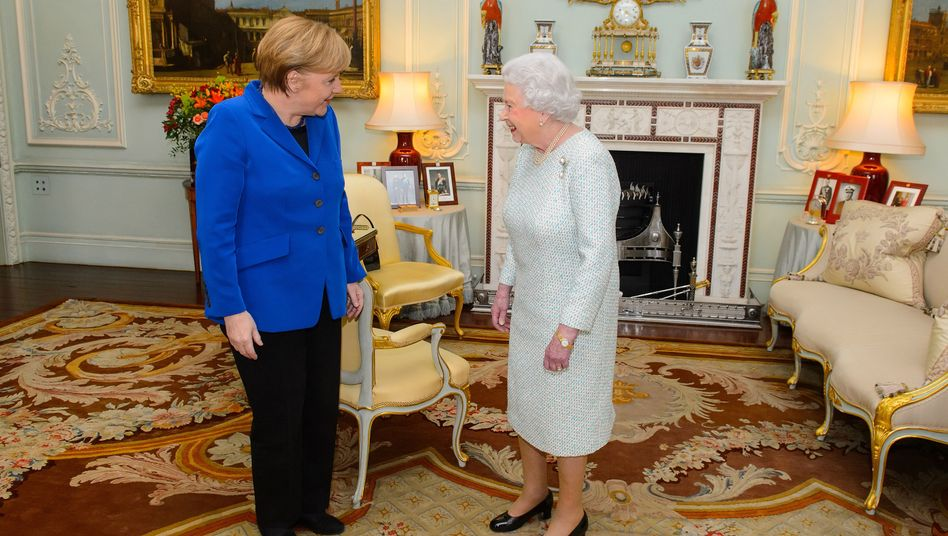 Kanzlerin Merkel, Queen Elizabeth (Archivbild): Nicht nur unverbindliche Worte
