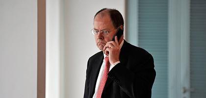 Finanzminister Steinbrück: Regelwerk zur Verstaatlichung in Arbeit