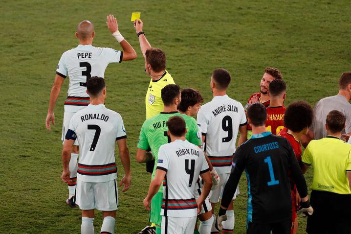 Pepe holte sich natürlich noch Gelb ab