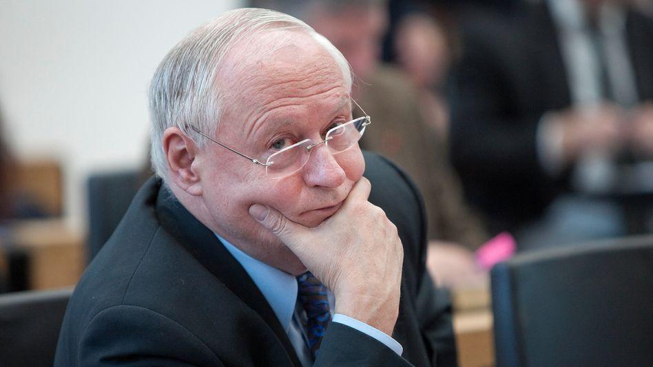 """Oskar Lafontaine, Chef der saarländischen Linksfraktion: """"Sparkassen statt Zockerbuden"""""""