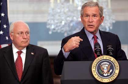 George W. Bush und US-Vizepräsident Dick Cheney: Unterstützung für Israels Vorgehen.