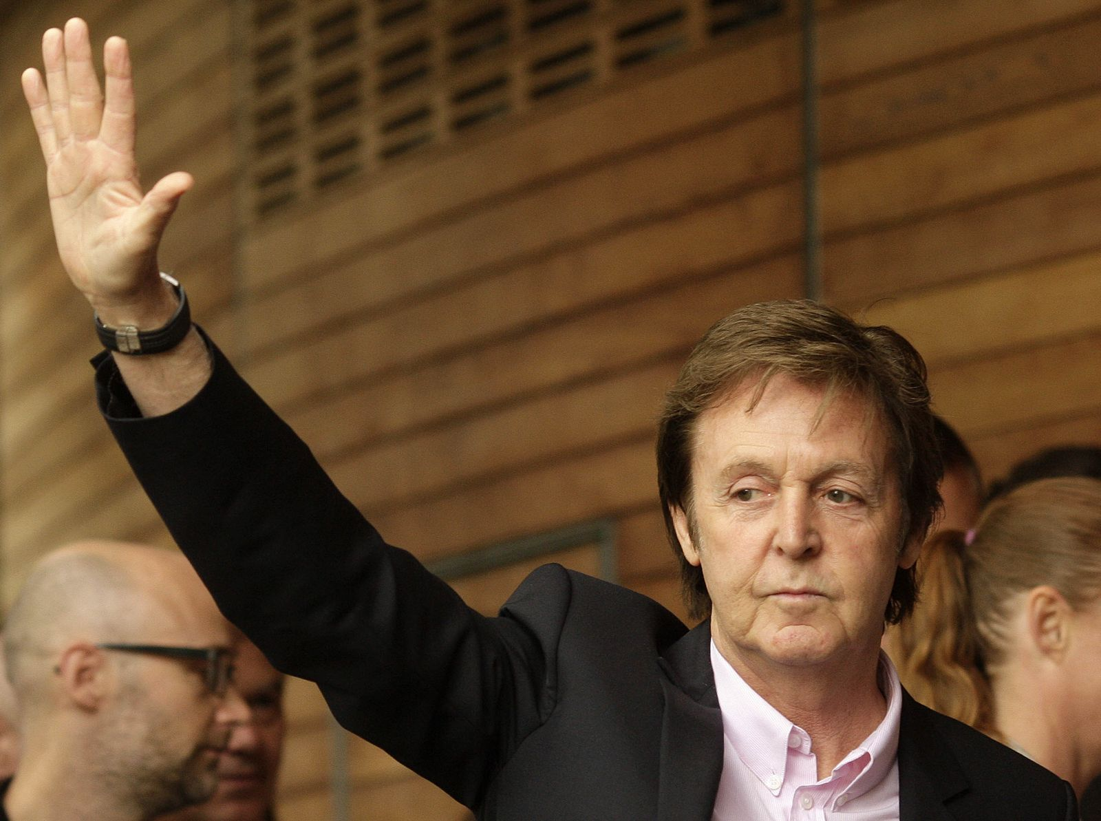 BRITAIN-ENT-HEALTH-LIFESTYLE-McCARTNEY