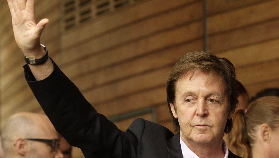 Paul McCartney: Hat etwas dagegen, dass potentiellen Musikkunden das Internet abgeknipst wird - selbst, wenn diese beim Filesharing erwischt werden