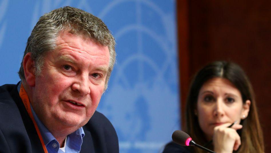WHO-Nothilfekoordinator Michael Ryan und WHO-Expertin Maria van Kerkhove bei einer Pressekonferenz
