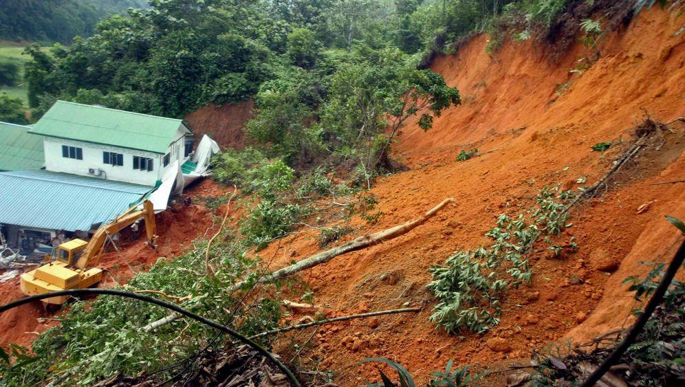 Erdrutsch in Selangor: Waisenkinder tot und verschüttet