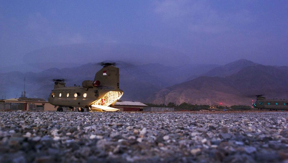 Photo Gallery: Billions for Afghanistan