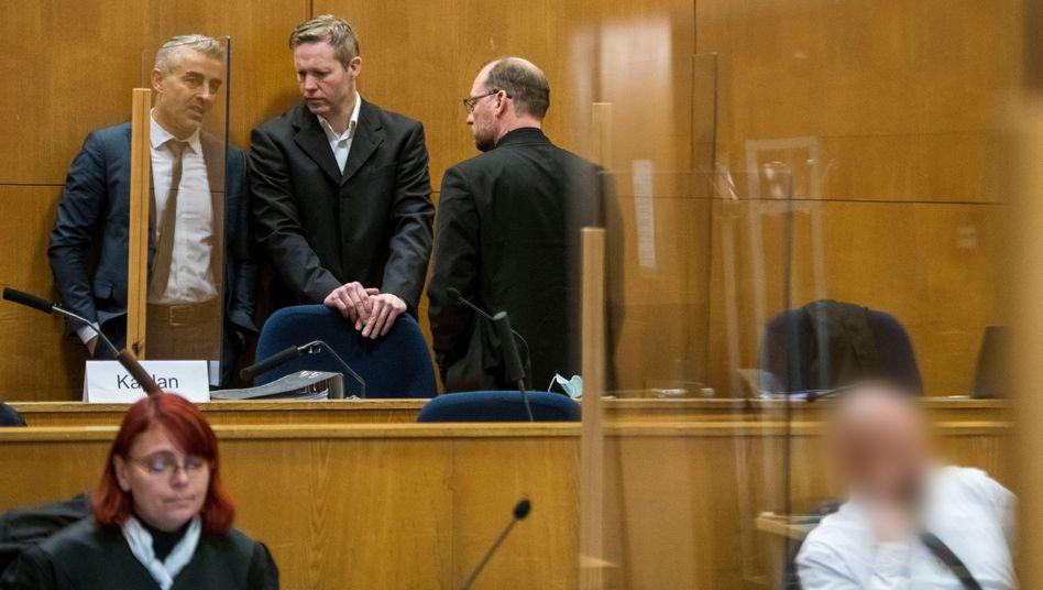 Der Angeklagte Stephan Ernst erfährt am Donnerstag das Urteil