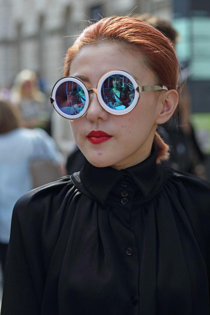 Sonnenbrille: Karen Walker, 280 Pfund