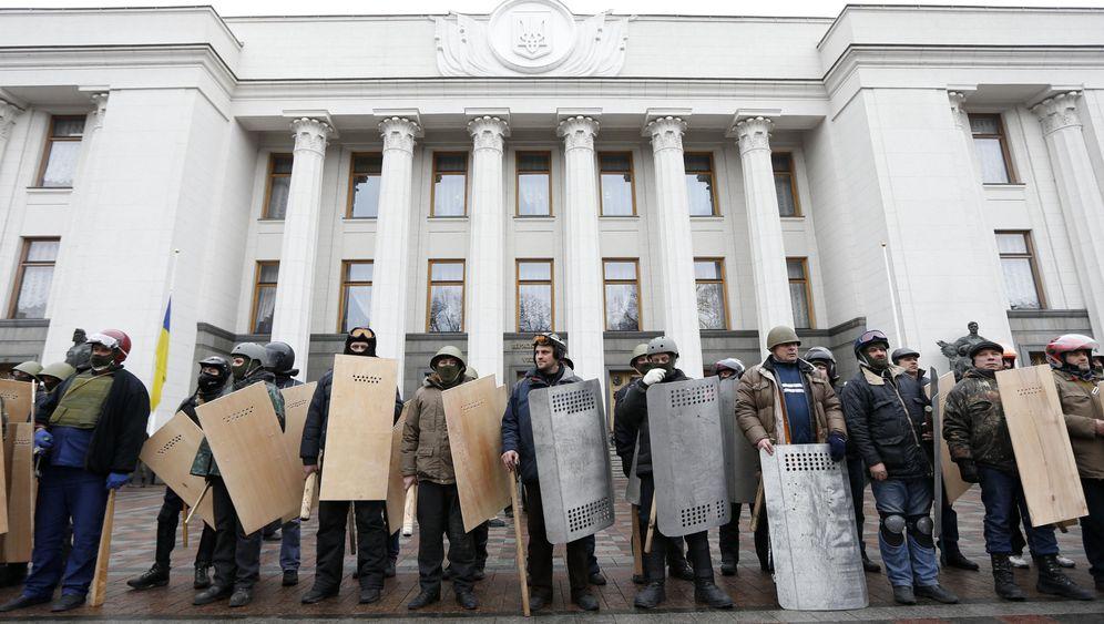 Krise in der Ukraine: Der ungeliebte Präsident geht