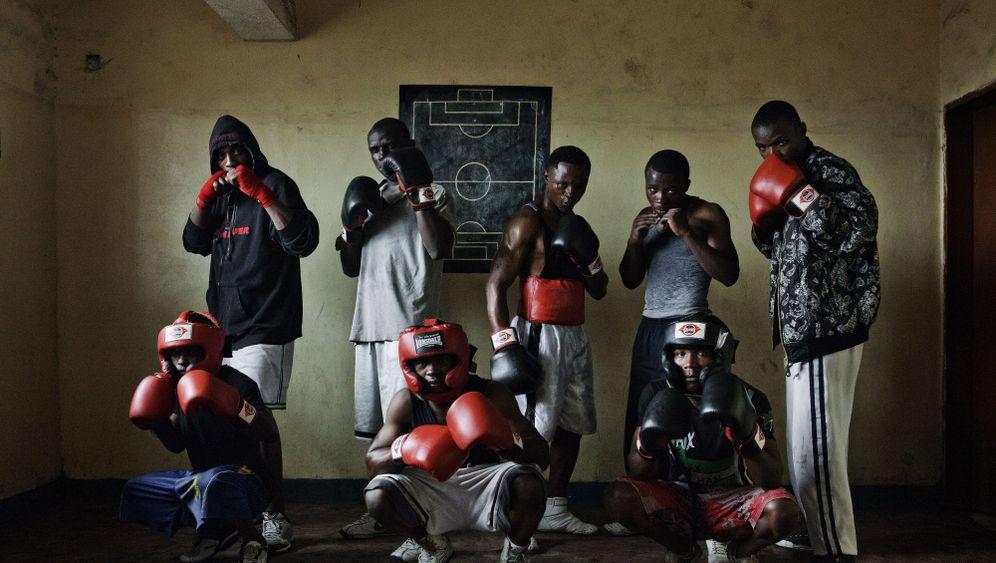 Boxende Kindersoldaten: Im Ring gegen das Trauma