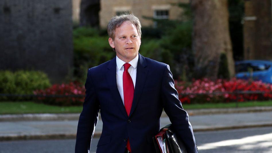 Verkehrsminister Grant Shapps vor einer Kabinettssitzung in London am 21. Juli 2020. Danach reiste er nach Spanien - und muss nun nach der Rückkehr in Quarantäne