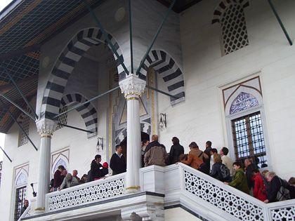 Moschee am Berliner Columbiadamm: Viele Besucher, aber wenig Dialog
