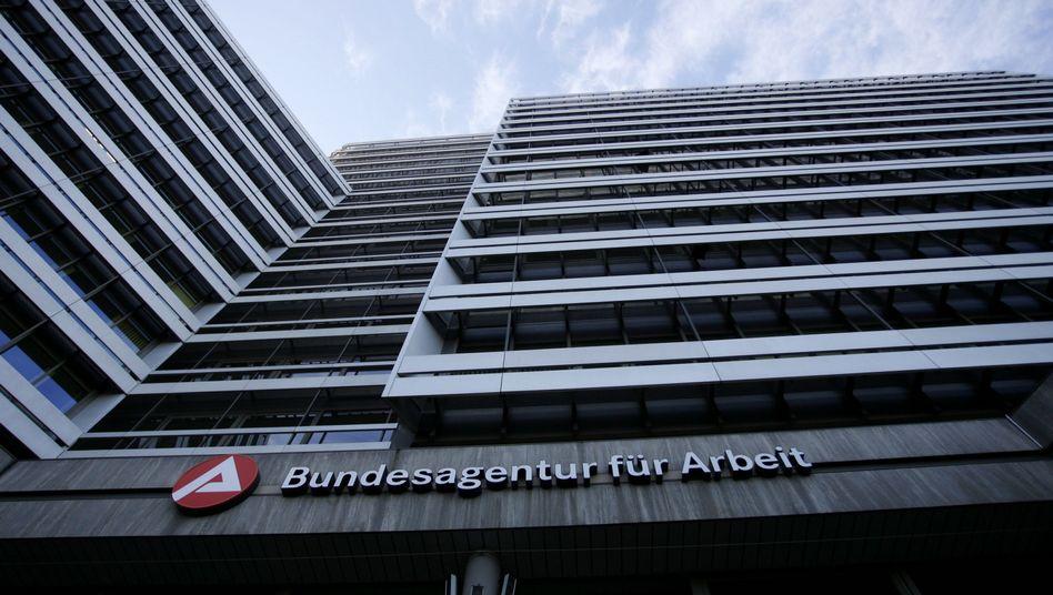 """Bundesagentur für Arbeit: """"Kampf gegen Jugendarbeitslosigkeit"""""""