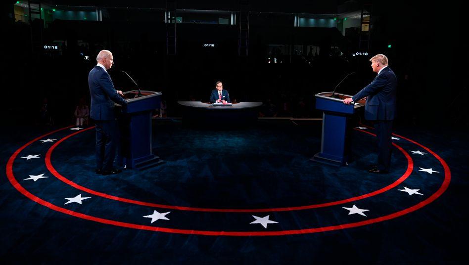 """Joe Biden, Donald Trump (bei der ersten TV-Debatte am 29. September): """"Wir glauben, dass das auf Bitten des Biden-Wahlkampfteams so ist"""""""