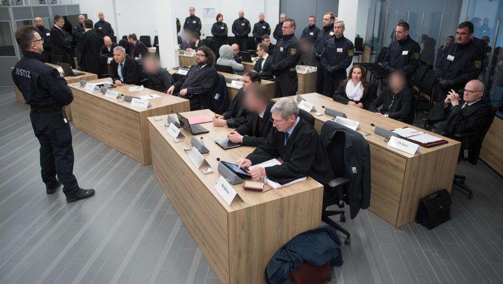 Terrorprozess in Dresden: Gewalt und Hass in Freital
