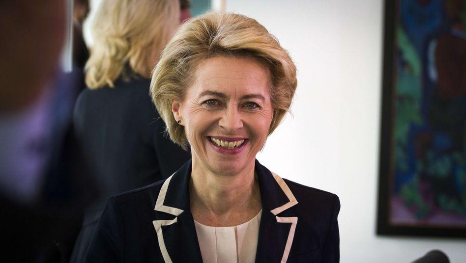 Verteidigungsministerin von der Leyen: Gespräche mit Barsani geplant