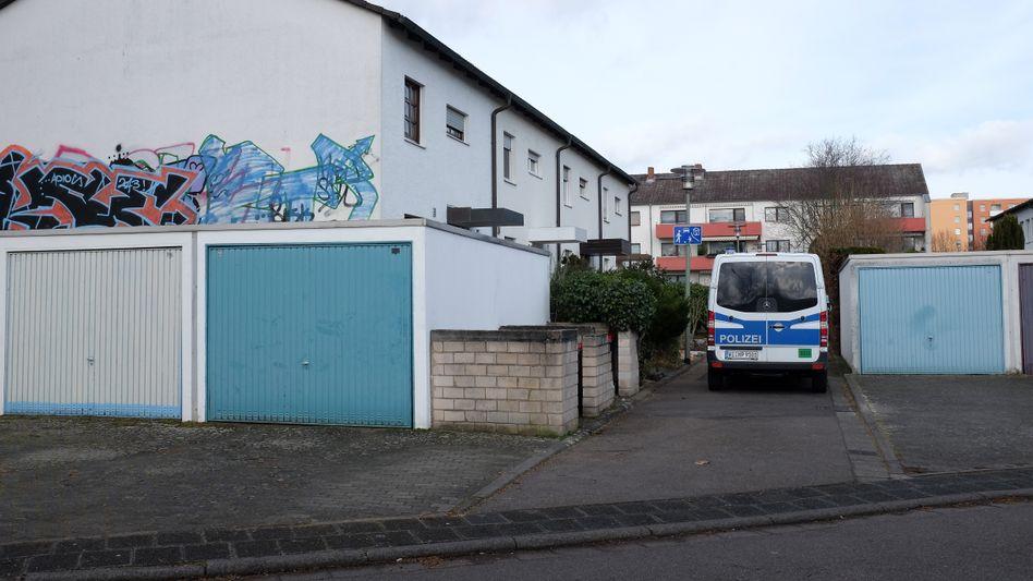 Wohnhaus von Tobias Rathjen und seiner Eltern in Hanau Ende Februar: Was steckt hinter der Brandstiftung?