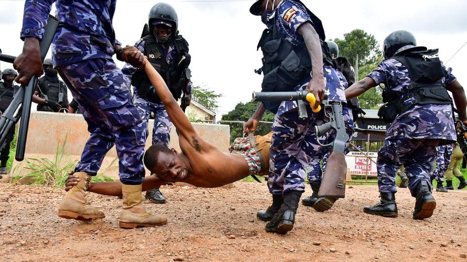 Verhaftung eines Oppositionellen im Wahlkampf: »Menschenrechtsverletzungen öffentlich machen«