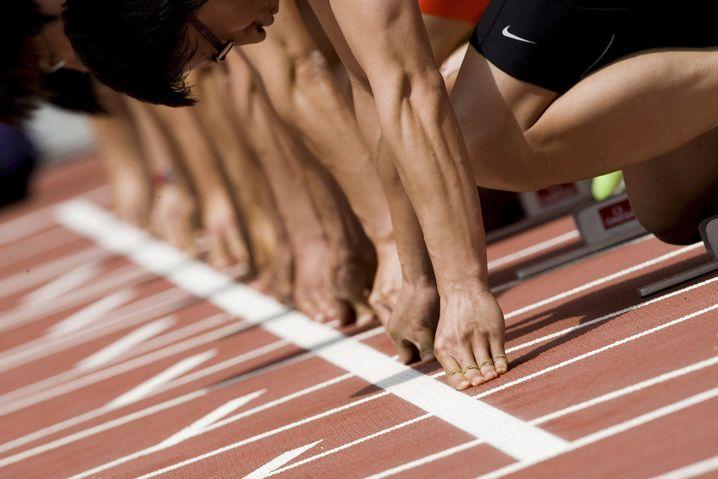 Läufer beim Start: Höchste Konzentration im richtigen Moment, am richtigen Ort