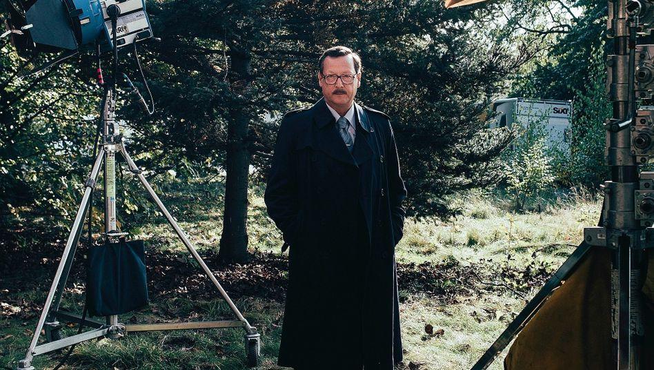 """Schauspieler Brandt bei """"Totenwald""""-Dreharbeiten: »Über das Vehikel eines Verbrechens kann man sich sehr schnell in jedes nur denkbare Milieu hineinkatapultieren«"""