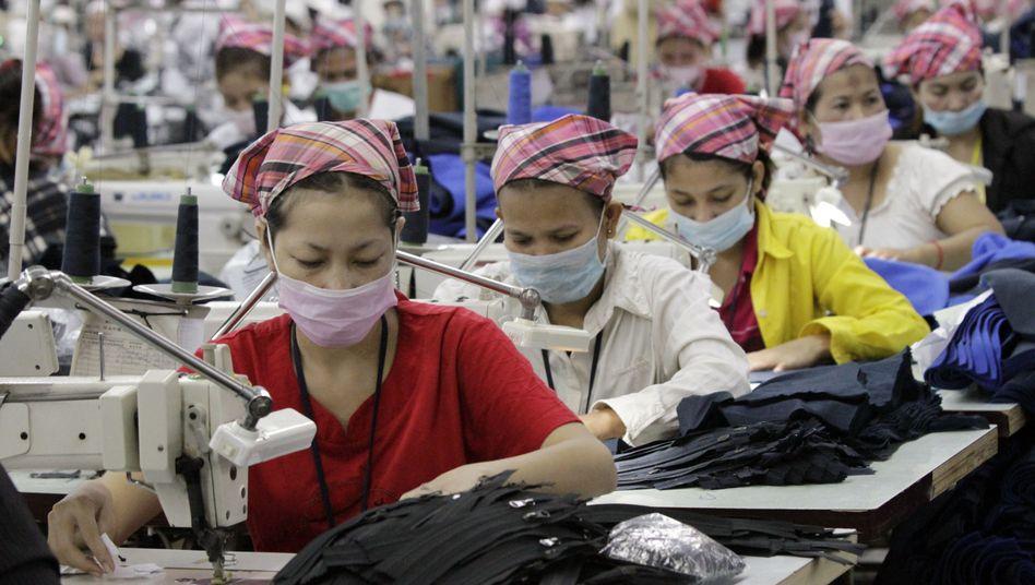 Näherinnen in Kambodscha: Unternehmen wissen oft nicht, wo ihre Ware hergestellt wird