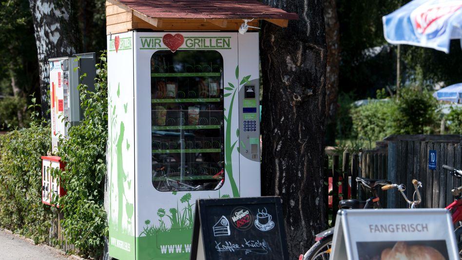 Grillwurstautomat in Bayern: Ein ähnliches Modell ist im Saarland aufgebrochen worden
