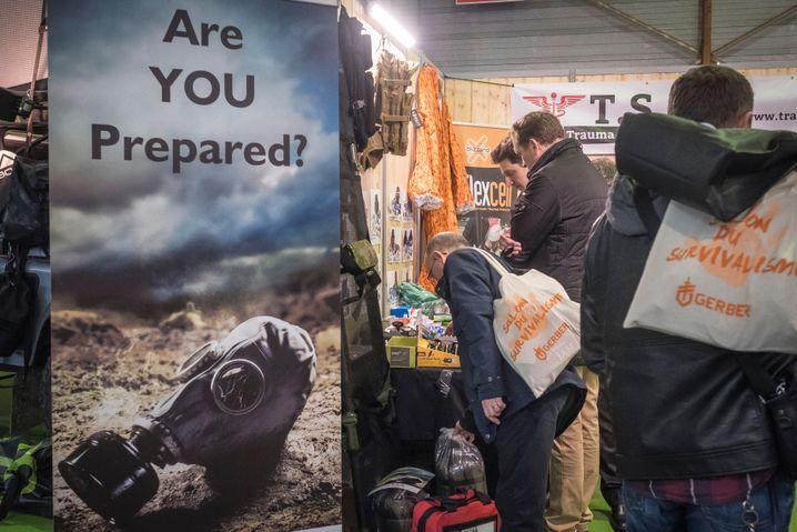 Eröffnung der ersten »Überlebensmesse«, dem »Salon du Survivalisme« in Paris 2018