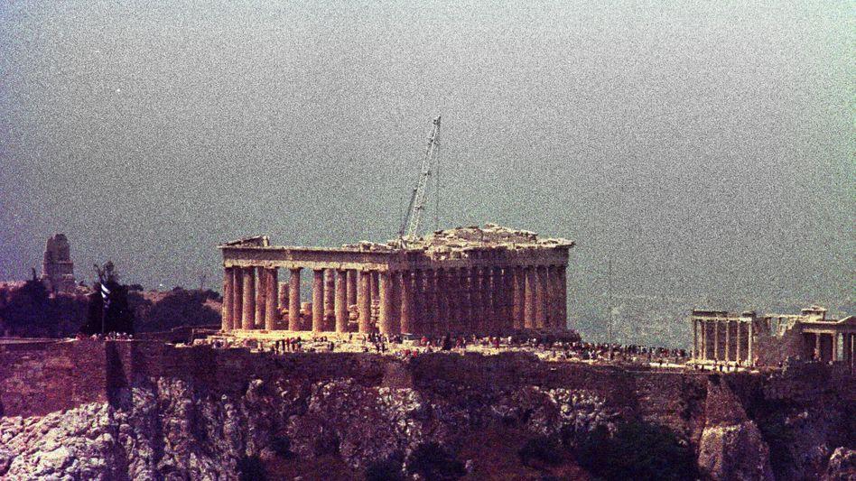 """Smog über der Akropolis (Archivbild): """"Selbst gesunde Menschen können es nicht ertragen"""""""