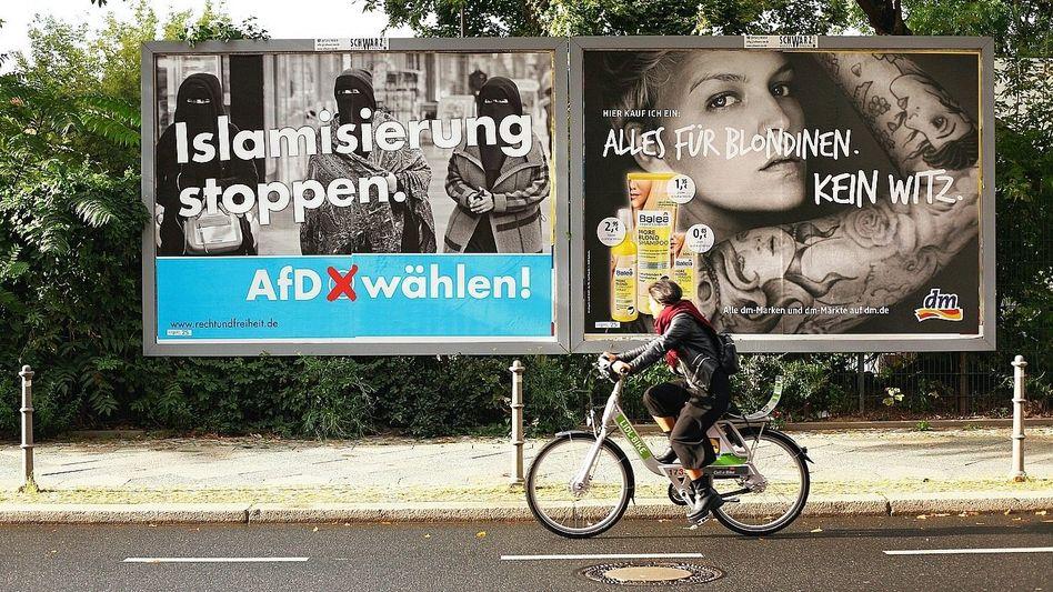 Werbeplakat des AfD-Unterstützervereins 2017: Faktisch untrennbar verbunden