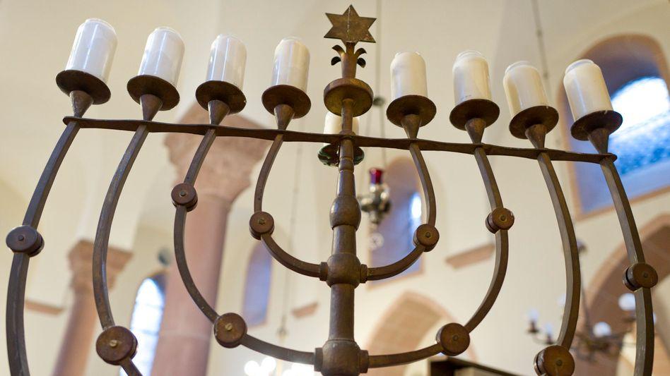 Synagoge in Worms: Das jüdische Kulturgut in Worms, Mainz und Speyer ist als Welterbe anerkannt worden