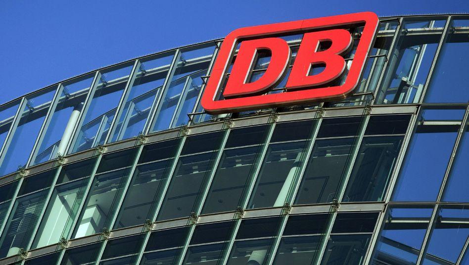 Zentrale der Deutschen Bahn in Berlin: Verzicht gefordert