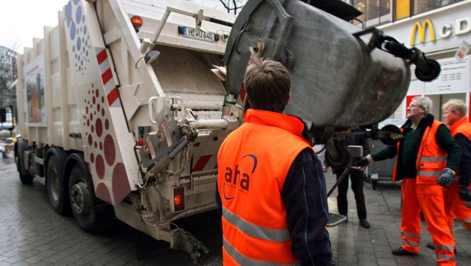 Müllcontainer in Hannover: Legitime Geldquelle oder Gebührenschock?