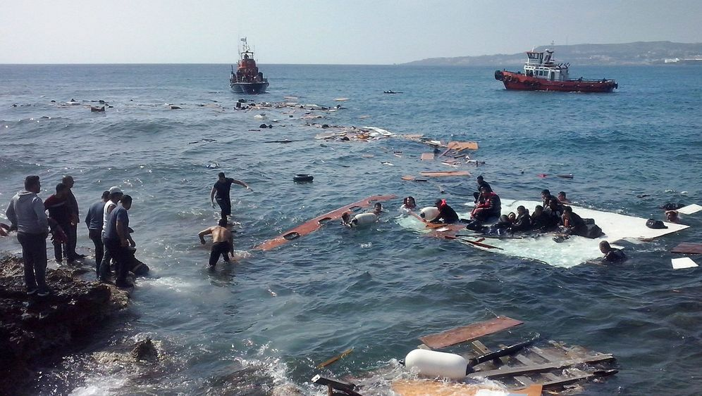 Photo Gallery: Europe's Refugee Catastrophe