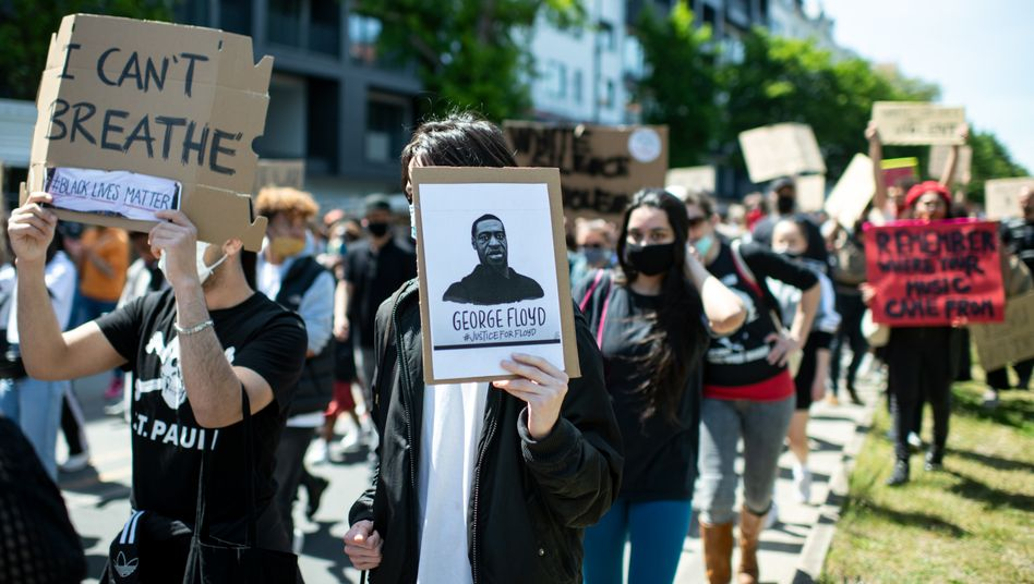 Demonstranten in Berlin-Kreuzberg