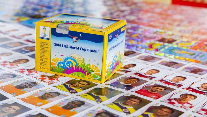 WM-Sticker-Test: Was steckt in 100 Tütchen?