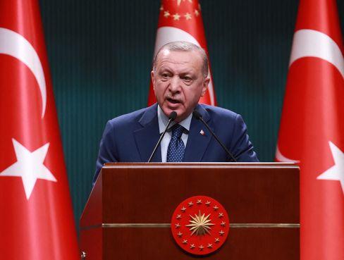 Bestimmt maßgeblich die Wirtschaftspolitik seines Landes, allerdings nicht immer zu dessen Besten: Recep Tayyip Erdoğan