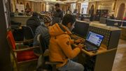 Kaschmir darf wieder ein bisschen online