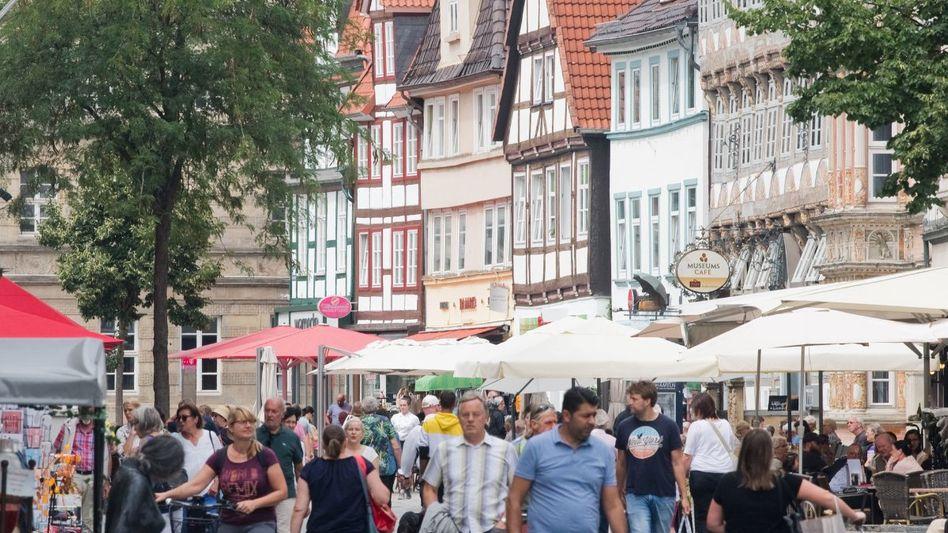 Kaum Einkaufstüten: Innenstadt in Hameln (Archiv)
