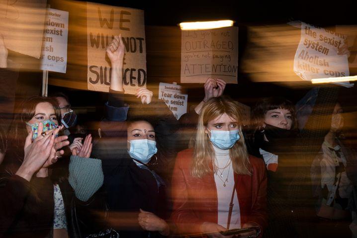 Frauen demonstrieren in London: »Wir werden nicht mehr still sein«