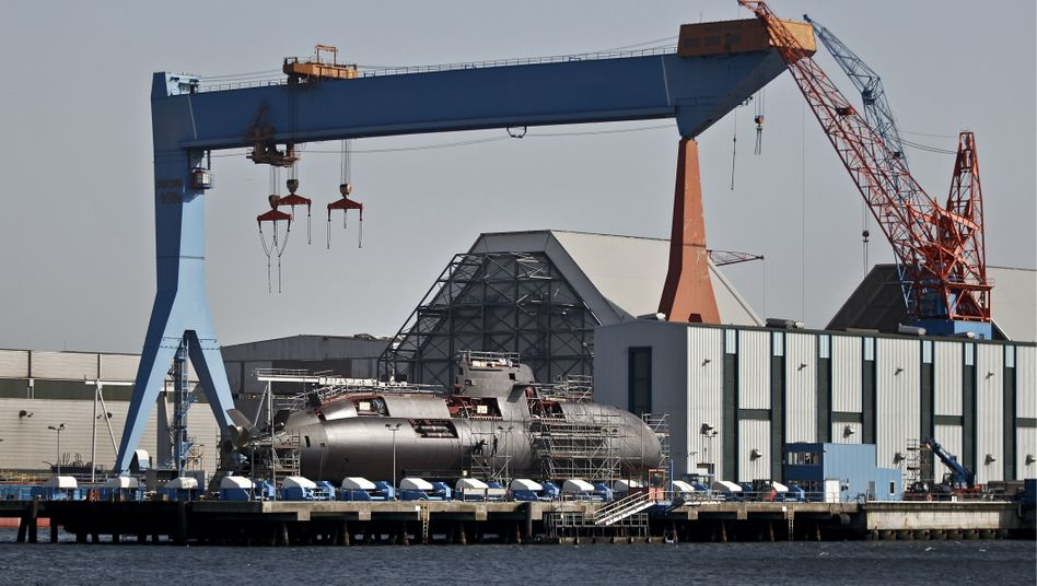 The Dolphin class submarines are built for Israel in a shipyard in Kiel (March 2012 photo).