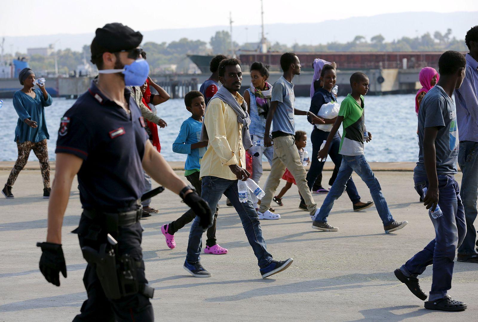 Europa/ Italien/ Sizilien/ Flüchtlinge