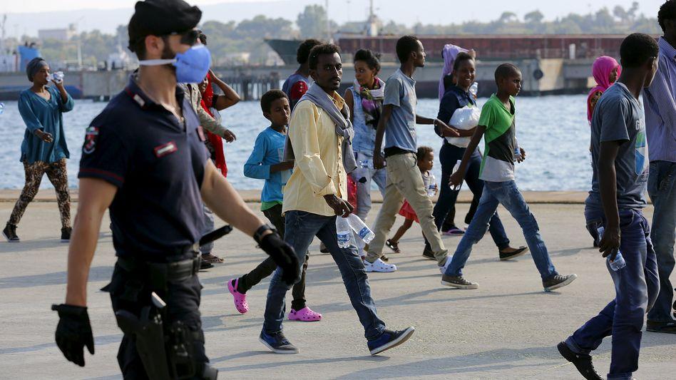 Migranten auf der italienischen Insel Sizilien: Wer aus Syrien, Eritrea oder Afghanistan kommt, hat hohe Chancen auf Asyl